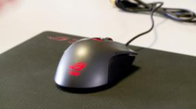 Asus ROG Gladius/Whetstone Gaming Mouse Pad ausprobiert im Video