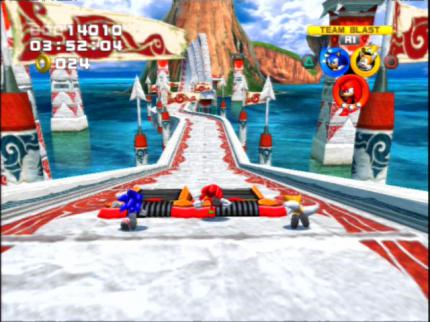 Sonic Heroes: Lustiger Jump and run - Leser-Test von edu1994
