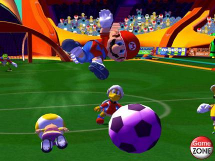 Nintendo: GameCube-Bundle mit Mario Smash Football